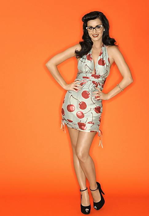 Katy Perry vintage pin-up